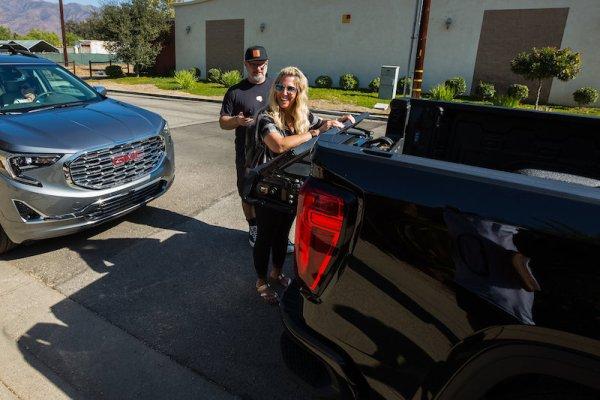 GMC Sierra Denali Truck Tailgate