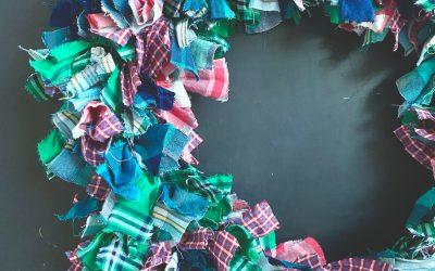 DIY Plaid Rag Christmas Wreath