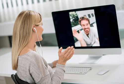 Communication in Long Distance Relationships