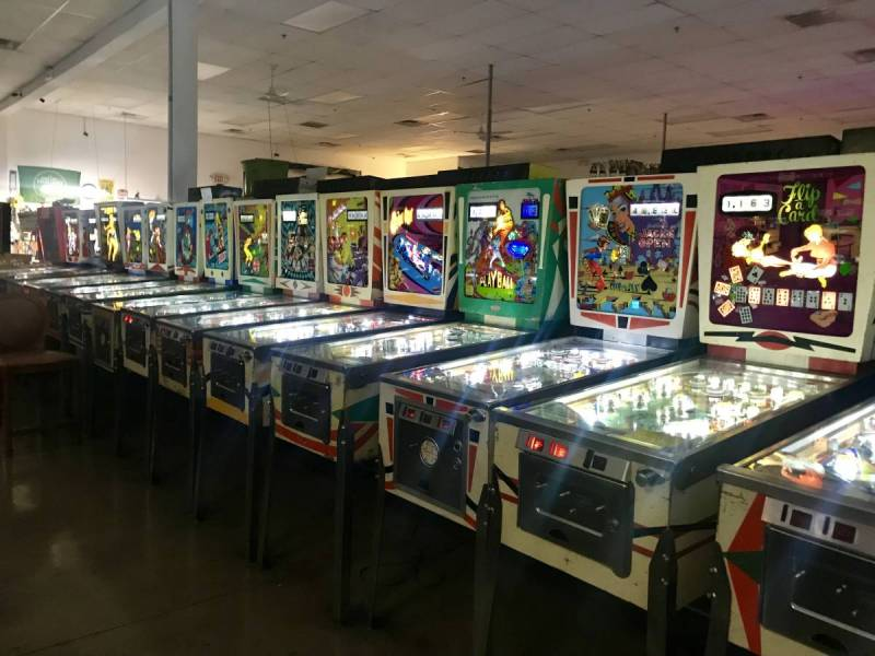 Pinball machines in a row