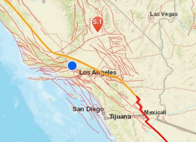 加州发生5.5级地震 Earthquake: 5.5 quake strikes near Ridgecrest and shakes Southern California