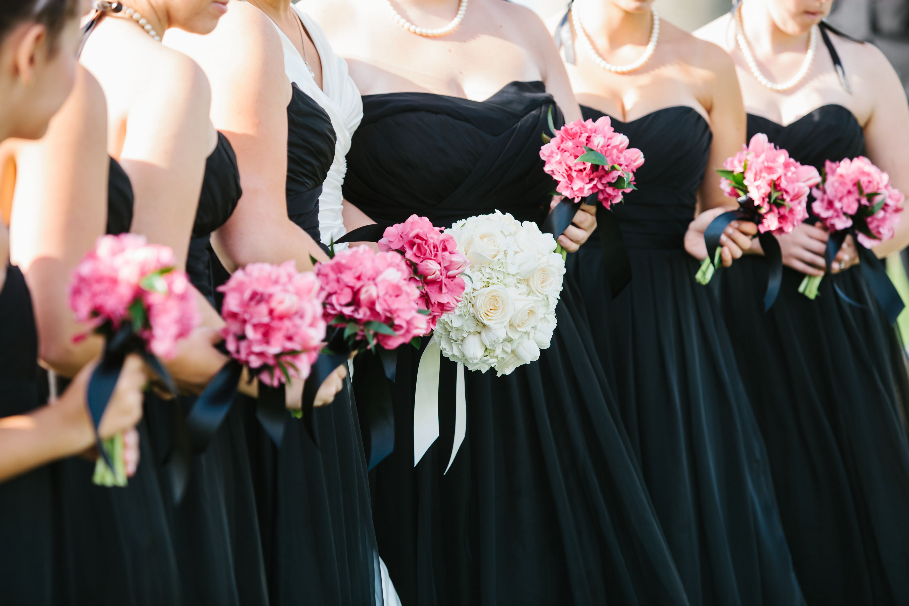 Black, White & Hot Pink Wedding At Chambers Bay