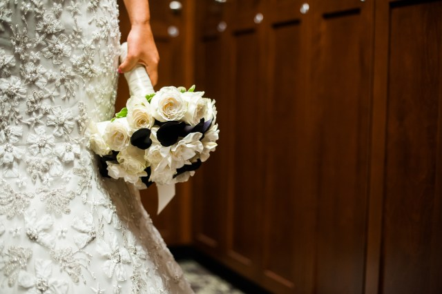 Van-Wyhe-Photography- || Bouquet by Jen's Blossoms