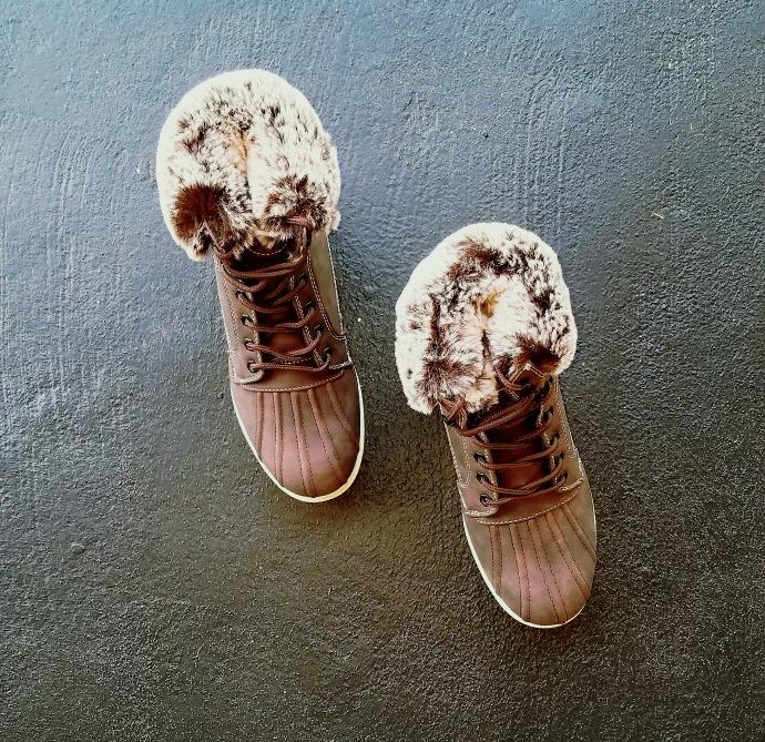 fur boots, women boots