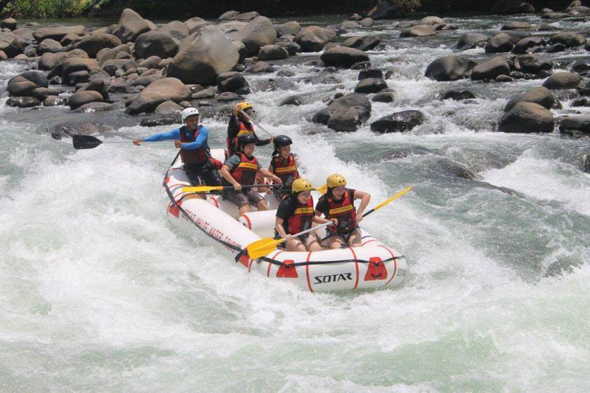 Michelle_Rafting2