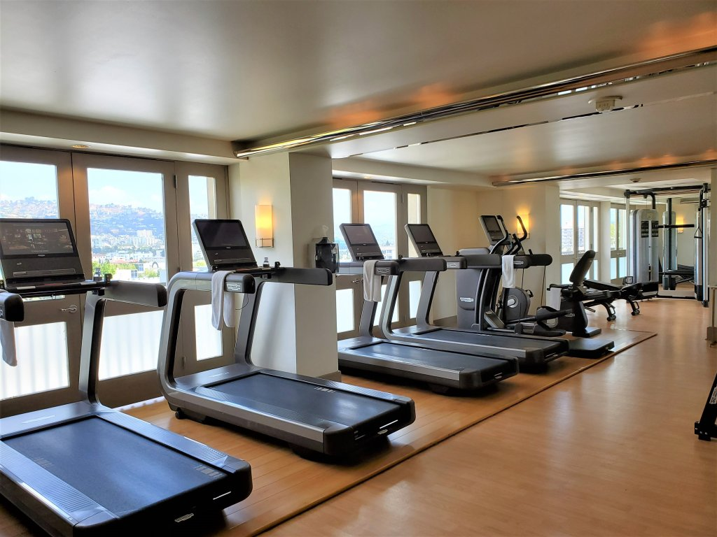 Viecroy L'Ermitage Beverly Hills fitness room