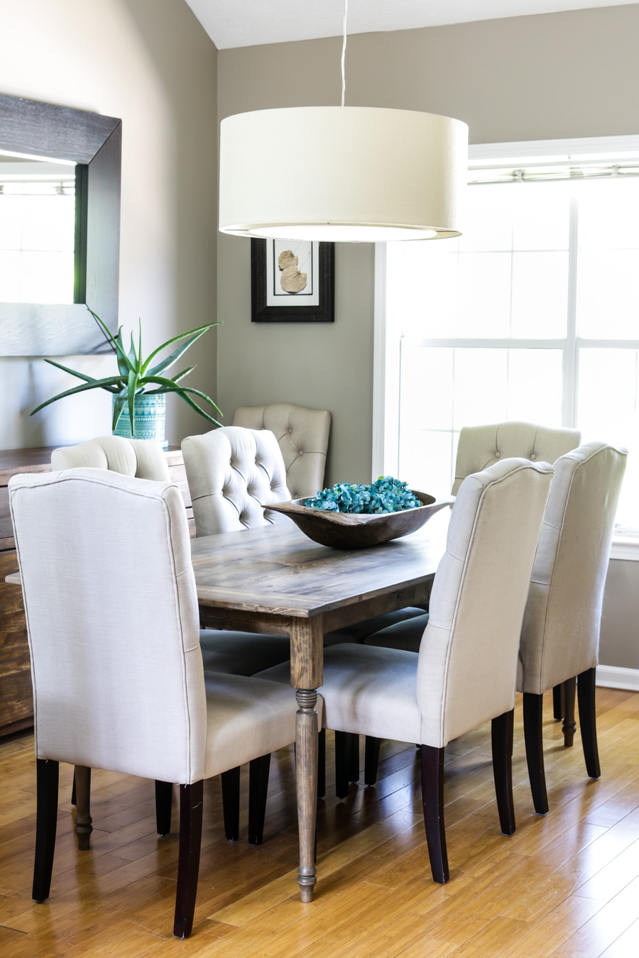 How To Build A Diy Farmhouse Table In 5 Easy Steps
