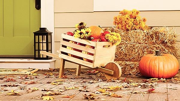 Build A Rustic Wheelbarrow At The Home Depot Dih Workshop