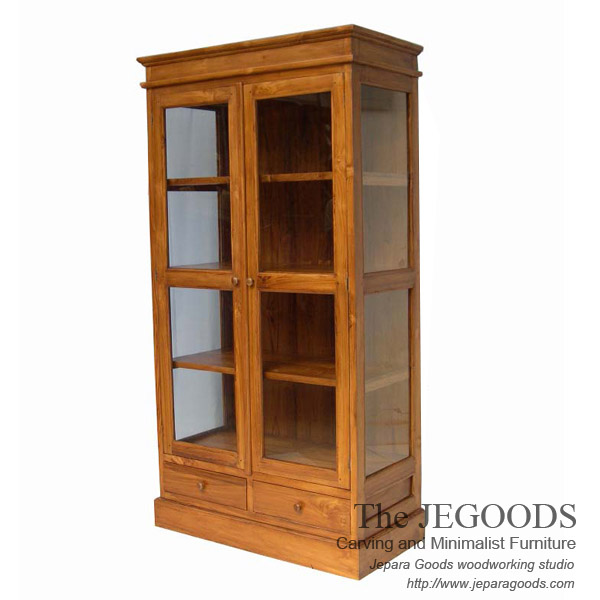 Colonial Crystal Cabinet Display