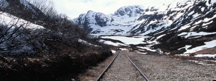 railroad-to-nowhere