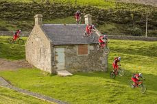 danny-macaskill-s-wee-day-out (2)