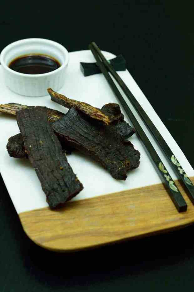 A perfect sweet teriyaki sauce that goes great on beef jerky. This will be one of your favorite recipes | Jerkyholic.com