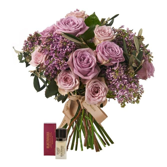 Rose Elegance Bouquet_-ú205.00