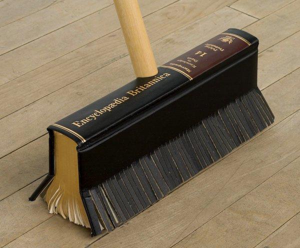 Maar met Wikipedia veegt Encyclopaedia Britannica de vloer niet aan