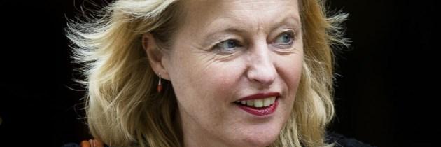 Minister Bussemaker complimenteert Friese bibliotheken met FryskLab