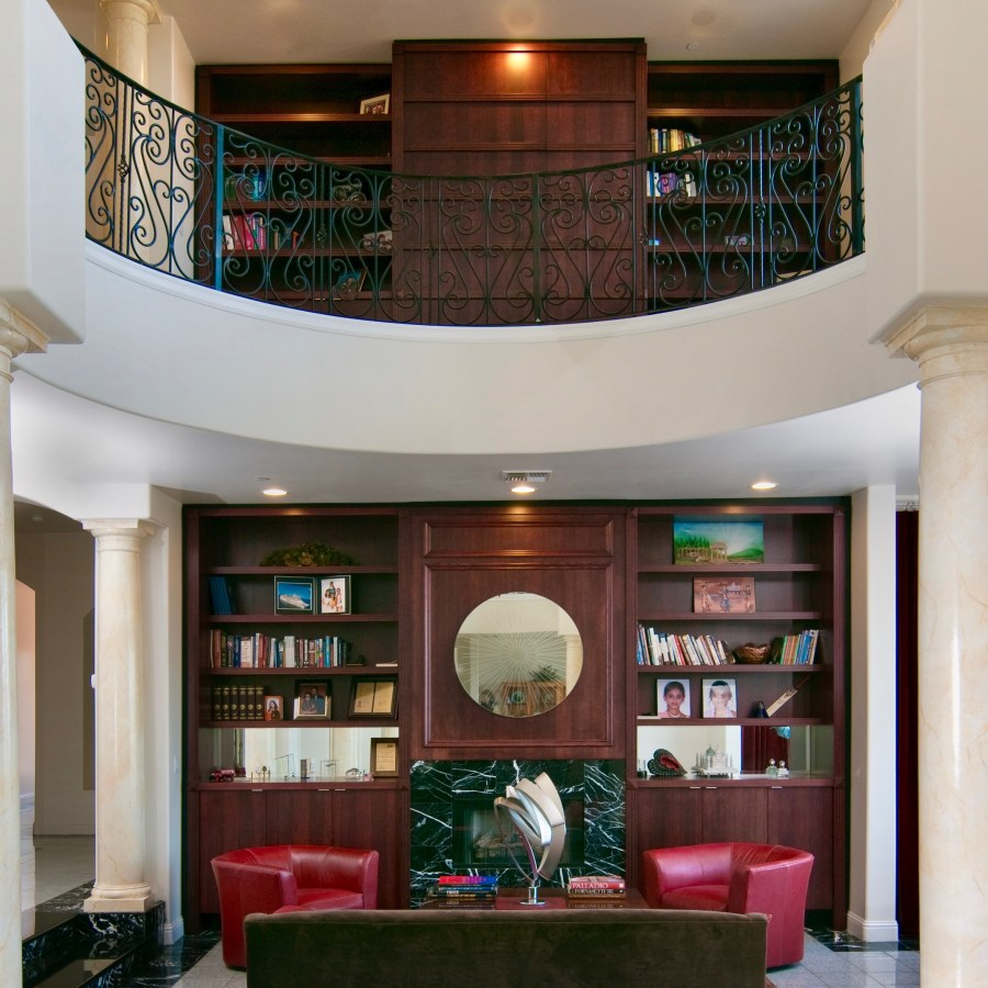 Custom home Libraries display walls
