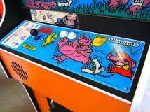 Donkey Kong Junior: 4-way joystick and Jump button