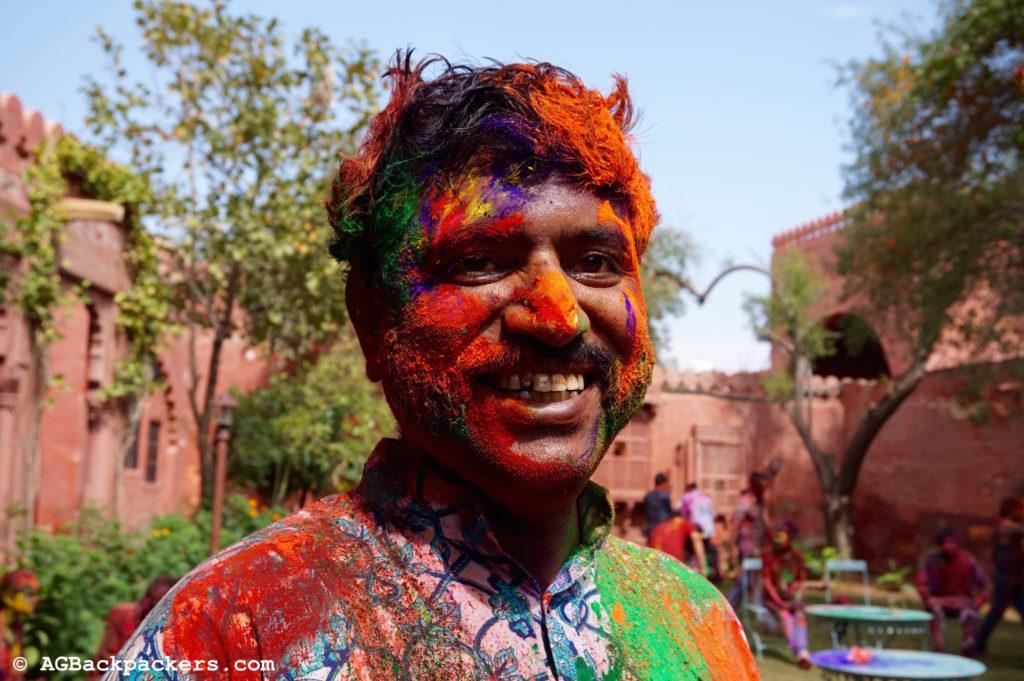 Mr Sink tout en couleurs et heureux de partager ce moment avec nous