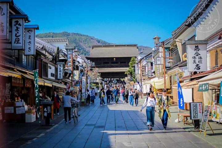 Peatonal al templo Zenkoji, Nagano, Japon