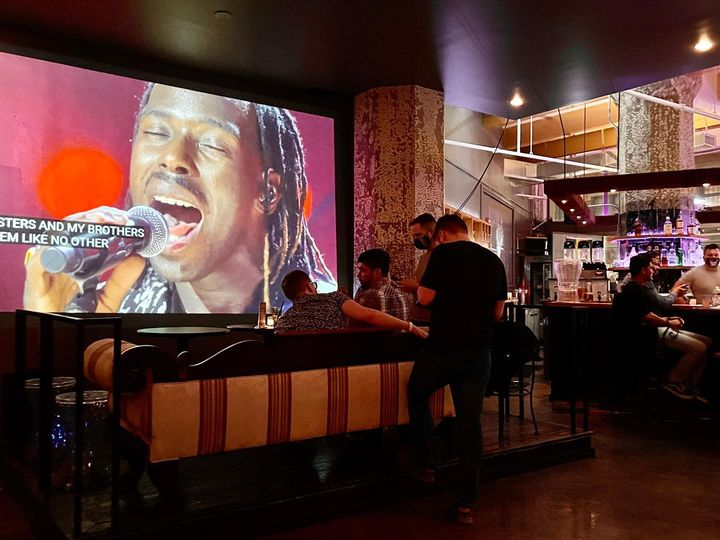 Headroom Lounge Brings A Fresh Vibe To Jersey City, New Jersey