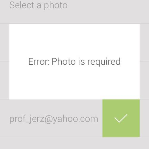 Okay, freshly downloaded app, If you are actually going to force me to upload a profile photo, this screenshot of your error message will be my profile photo.