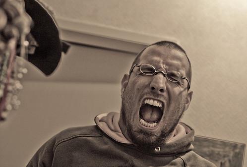 crosathorian-gritando