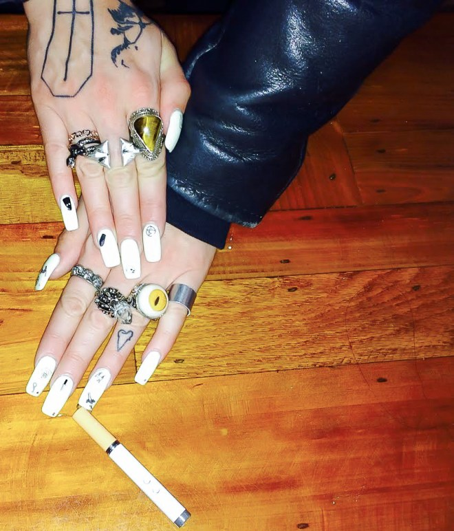 "Aretha Sack - FLOSS GLOSS (Wearing: ""Black Holy, Mrs. Tony Montana"")"