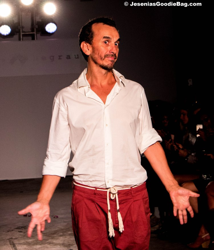(Designer) Dorin Negrau