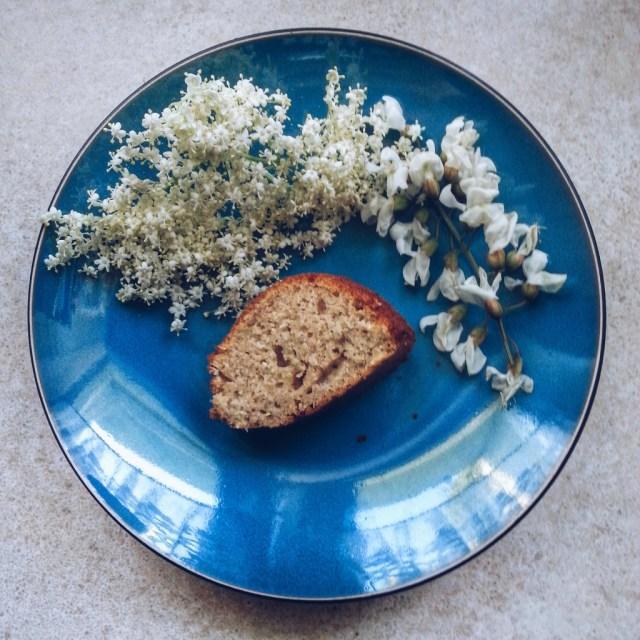 Ciasto z bzem i akacją
