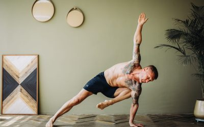 8 Reasons Why You Should Be Doing Yoga