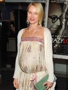 Barking Up The Muse Tree | jespah | Janet Gershen-Siegel | Lili| Naomi Watts | pregnant | Dishing it Out