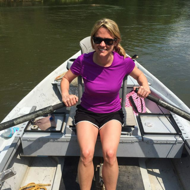 Allison rows the Dry Fly drift boat. Hey, someone's got to do it, right?!