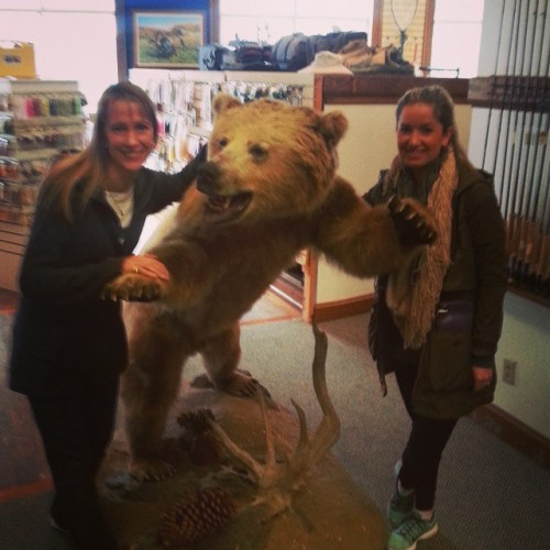 From Portland to Charlotte for the bear. Welcome Jennifer & Erin from @columbia1938 to #jessebrownscharlottenc