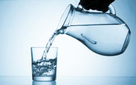 Afbeeldingsresultaat voor water drinken