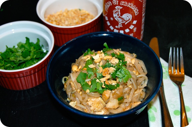 Chicken Pad Thai from jessfuel.com