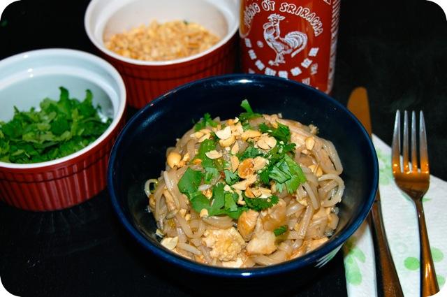 Chicken Pad Thai from jessfuel.com