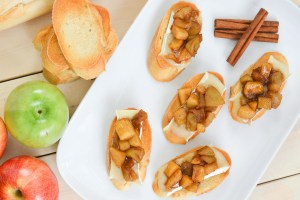 Cinnamon Apple Brie Crostini