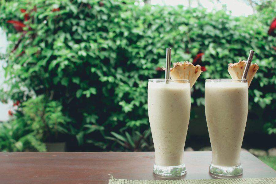 metal-straws-pina-colada-cocktail
