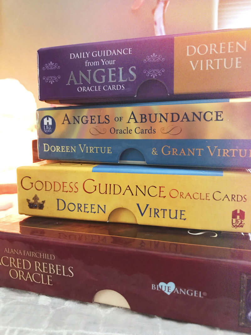 Oracle cards are a great way to connect with yourself and with higher guidance