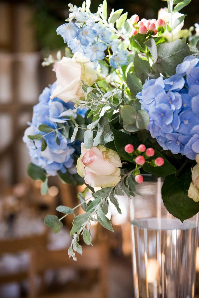 Hannah Martin Flowers wedding table decor