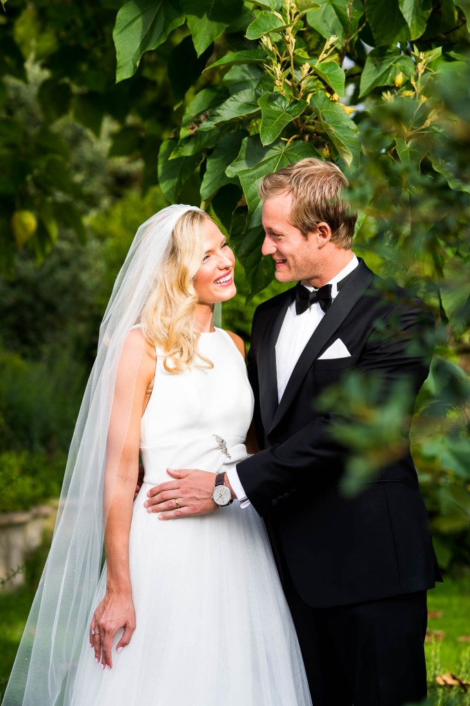 Outdoor Wedding Photography Surrey, Natural Wedding Photography In Gorgeous Golden Hour Light