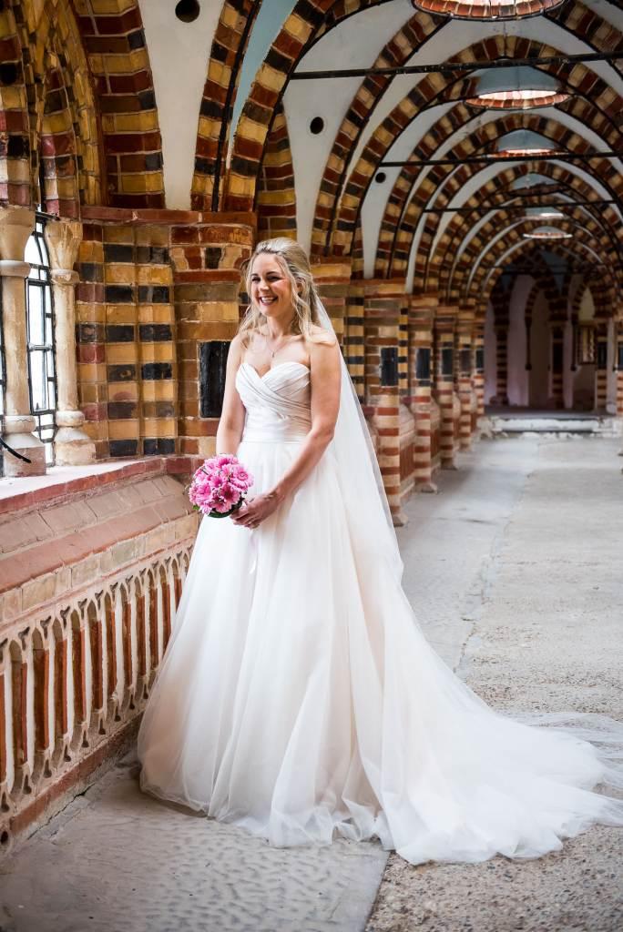 st martha's wedding, beautiful natural bridal portrait