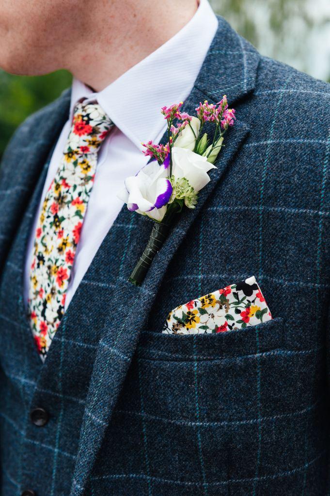 Homemade wedding flower button hole