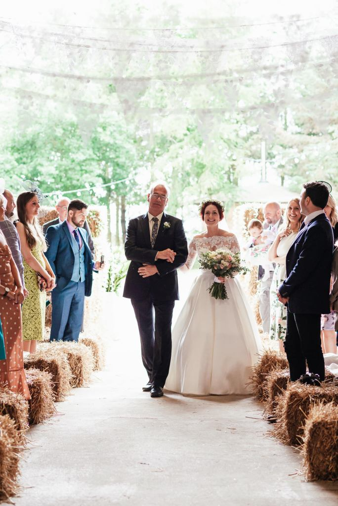 Natural and candid wedding photography