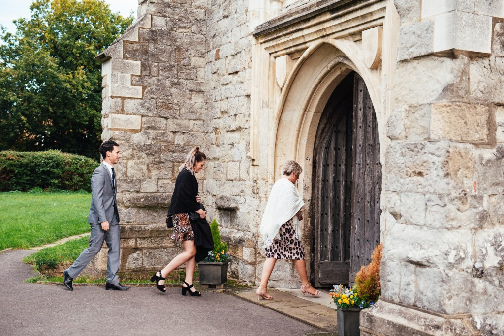 Guests arrive for relaxed London wedding