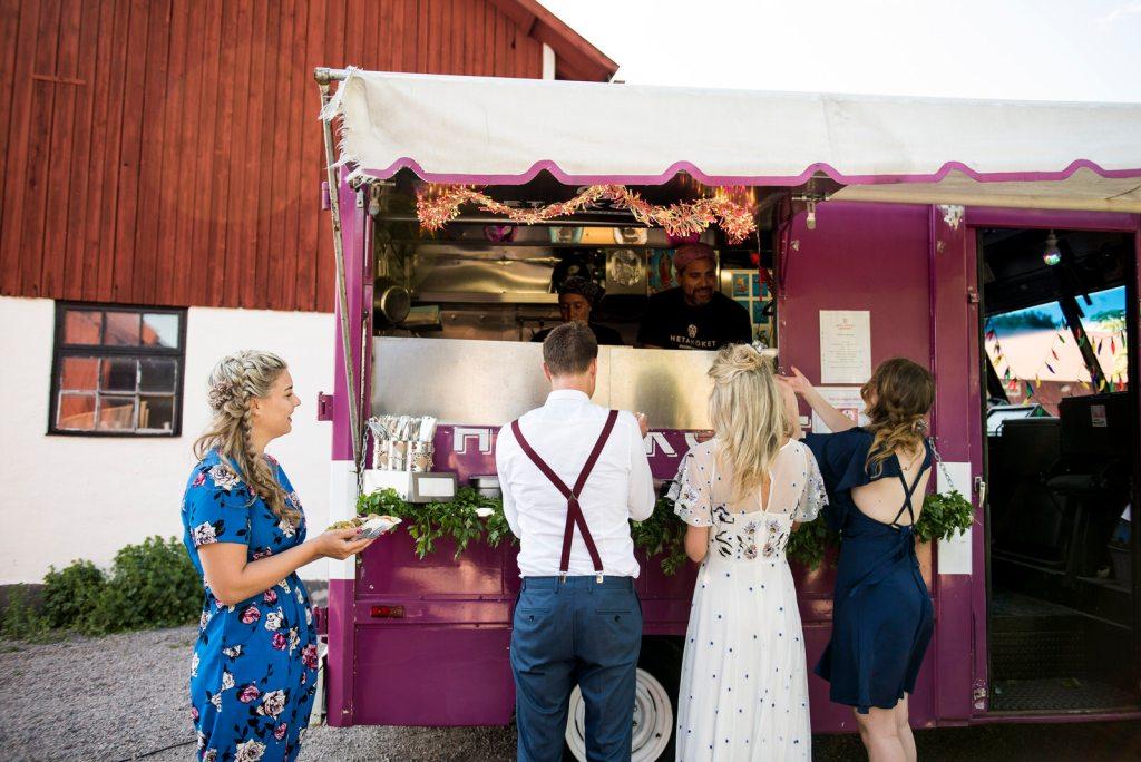 Destination Wedding Photography Sweden - Wedding Food Truck