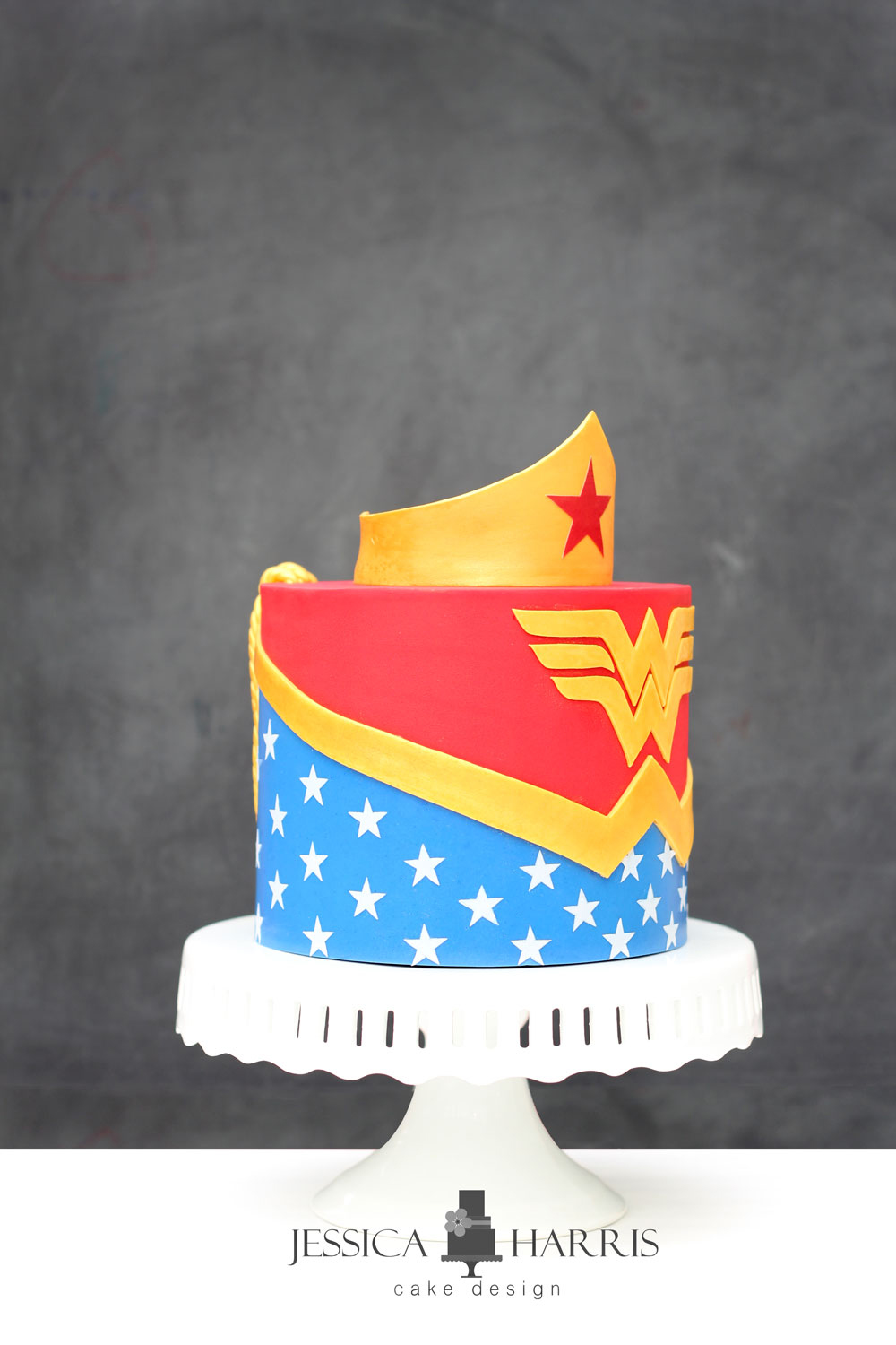 How to make a wonder woman cake