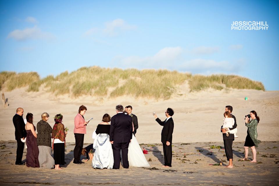 Oregon_Beach_Wedding_4.jpg