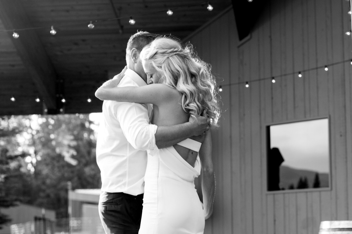 Black-Butte-Ranch-Wedding-Photos-022