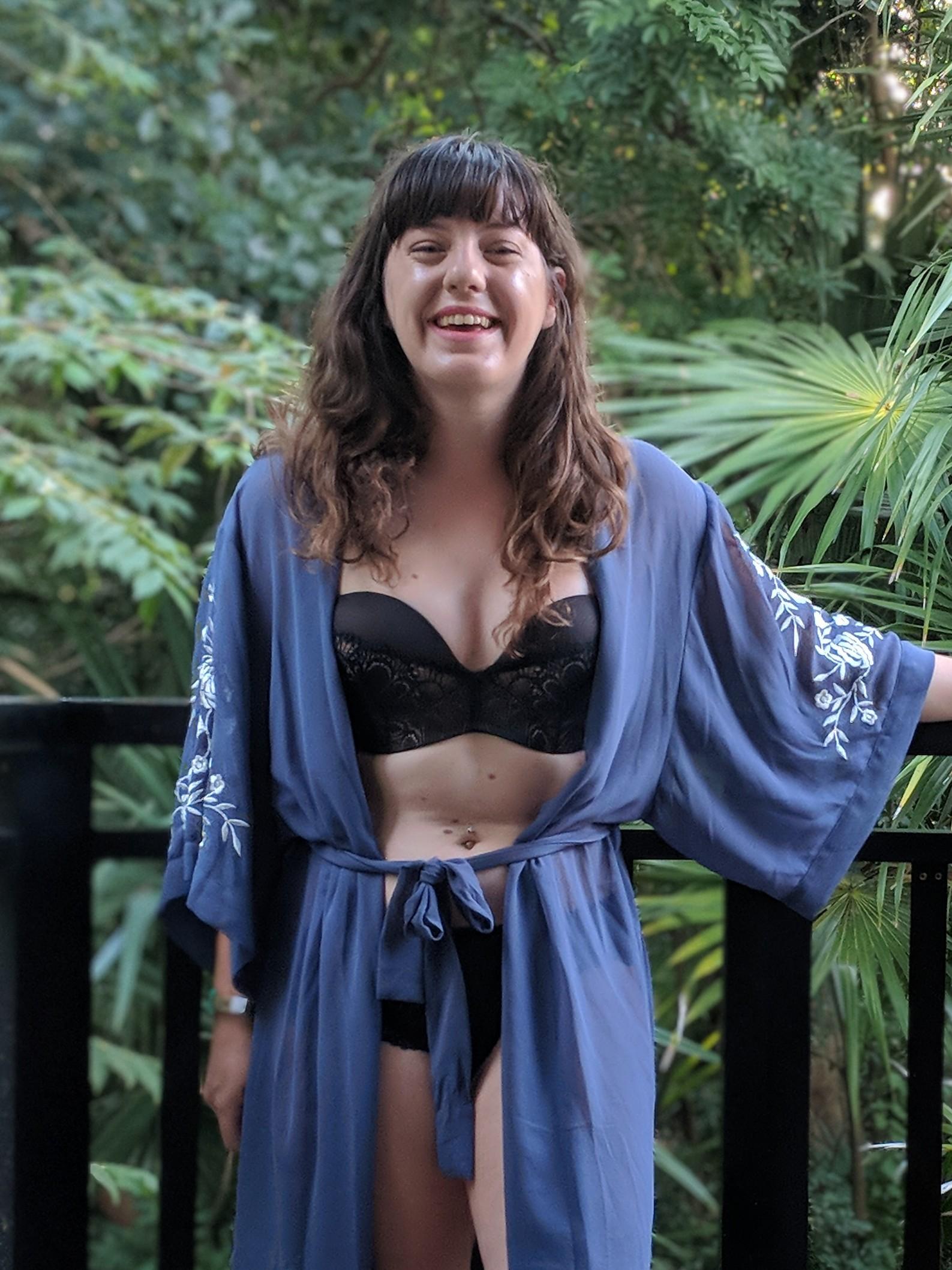 wonderbra-uk-lingerie-primark-robe